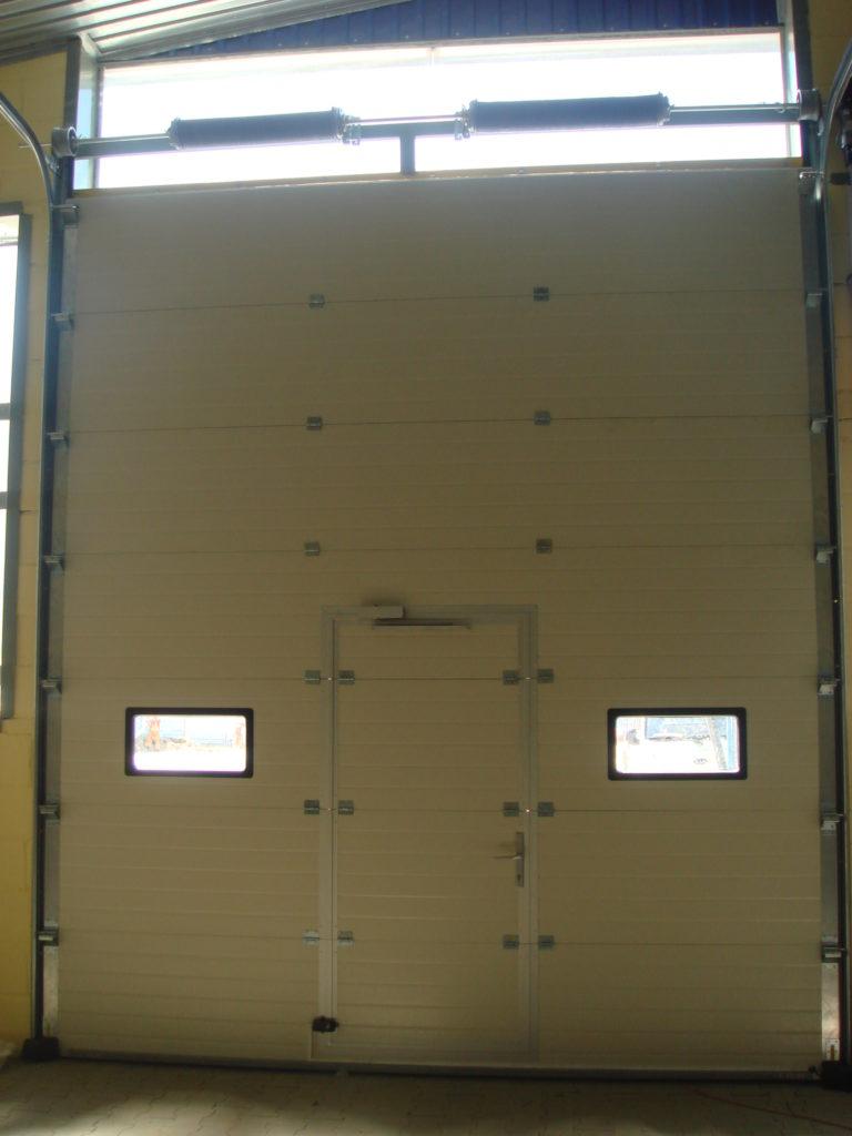 Brama segmentowa ABB002